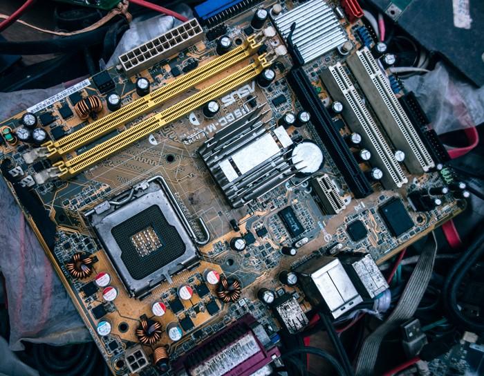 Repairing a computer, diagnosis, motherboard
